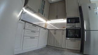 Кухня в Классическом стиле / Фасад Фрезерованный крашеный мдф с карнизами . Обзор кухни