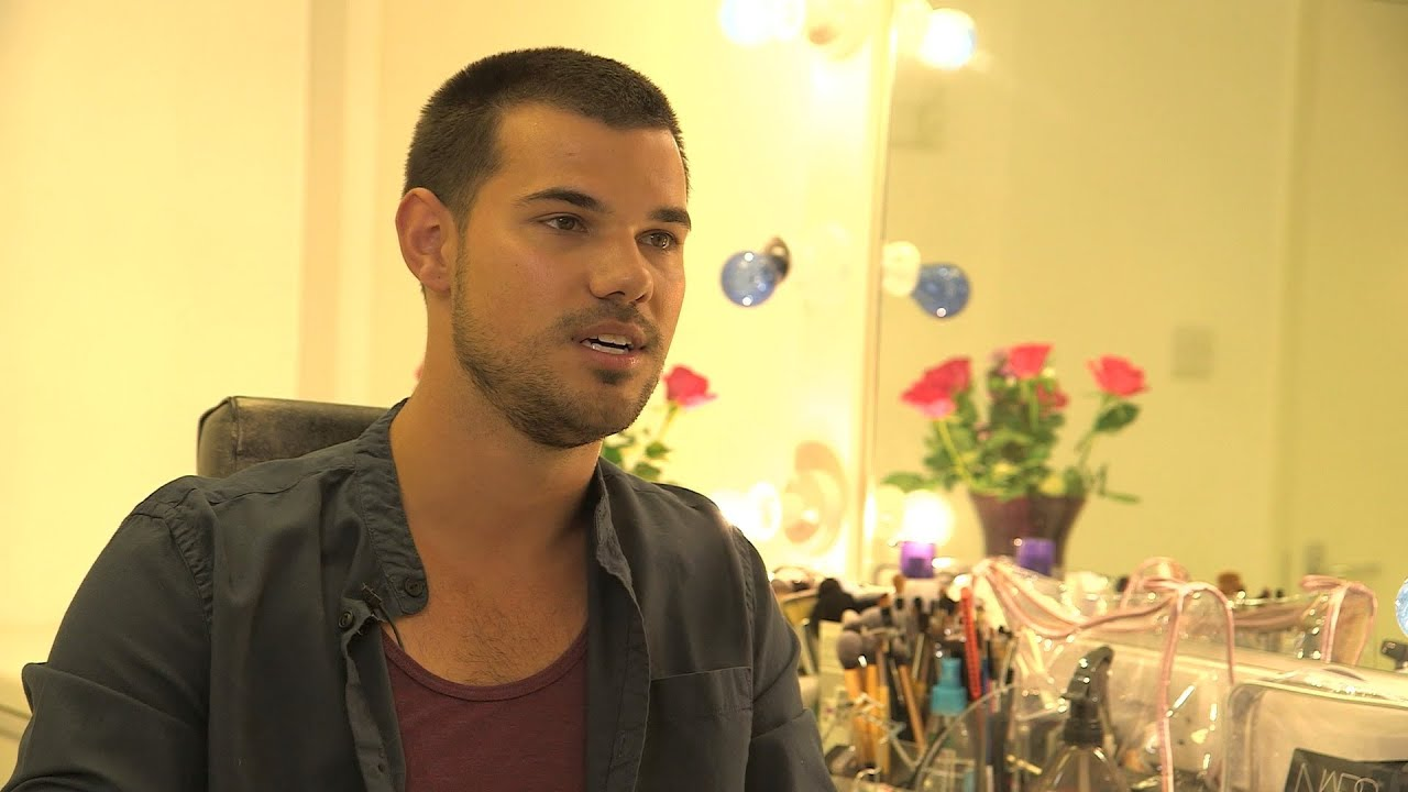 Taylor Lautner, Greg Davies and the cast talk about the ... Taylor Lautner Movies