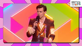 Harry styles wins british single at the brit awards 2021!proud to be celebrating music, picks up award for 'watermelo...