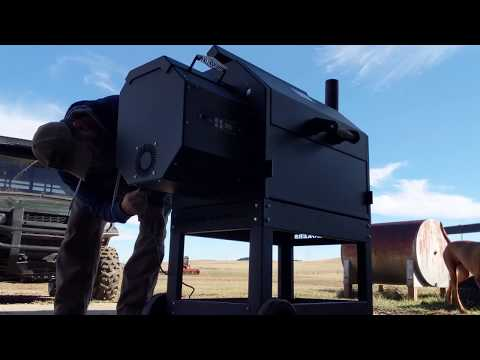 Yoder YS640 pellet smoker unboxing and assembly.
