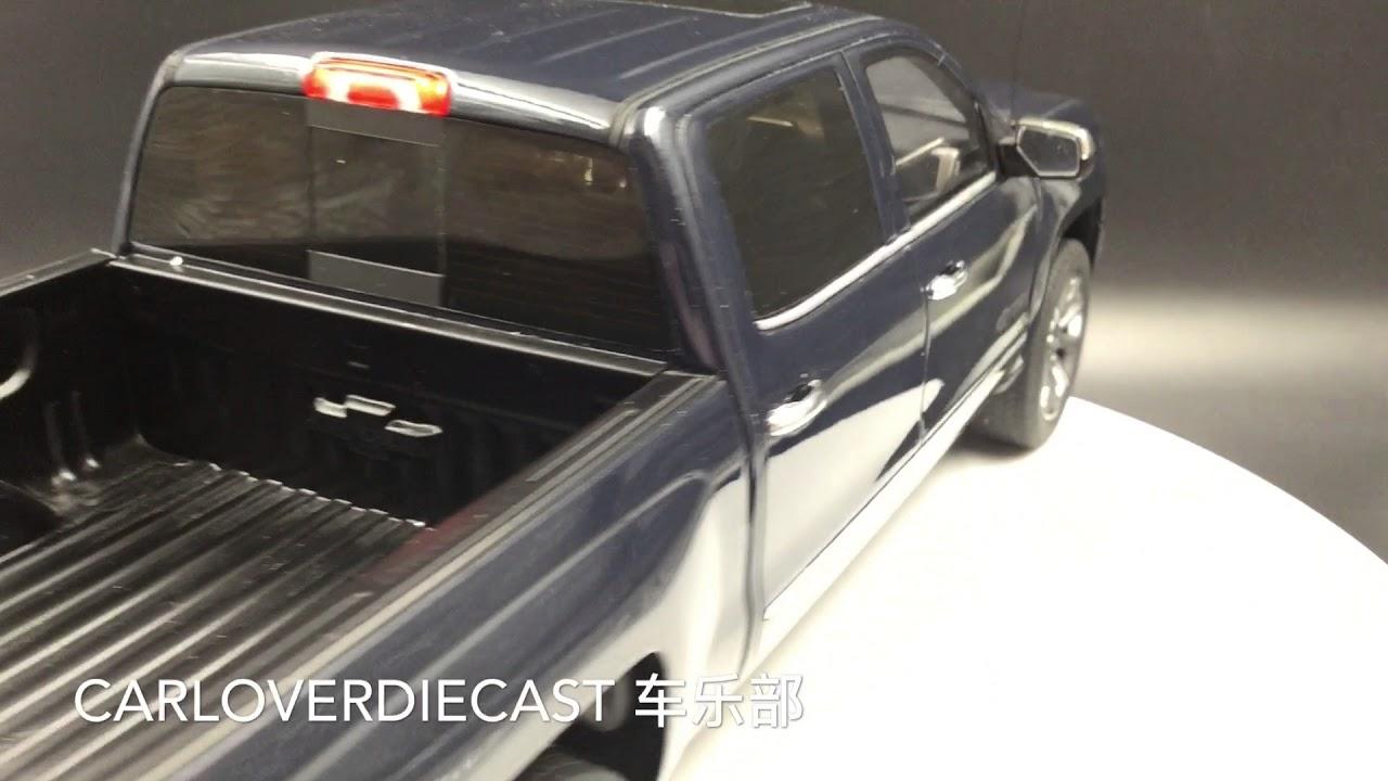 GT Spirit 1//18 Chevrolet Silverado 2018 Blue GT212