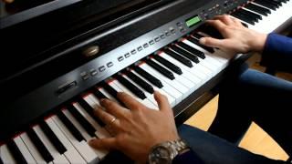 Elton John - Blue Eyes - Piano Solo - HD