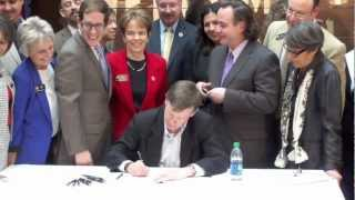 Gov Hickenlooper signs civil union bill + Sen Pat Steadman speaks