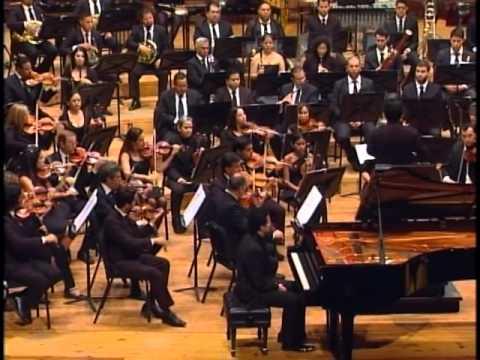 Orquesta Sinfónica Simón Bolívar de Venezuela - Contreras - Pirámide del Sol (Piano Concerto)