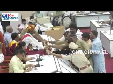 mim carporators suspended in Aurangabad municipal corporation genral body meeting