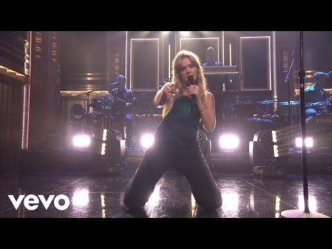 Tove Lo - Cool Girl  On The Tonight Show Starring Jimmy Fallon