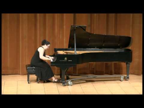 Jeanette Aufiero plays Chopin Etude Op.25 No.5
