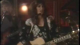 Watch Karla Bonoff Tell Me Why video