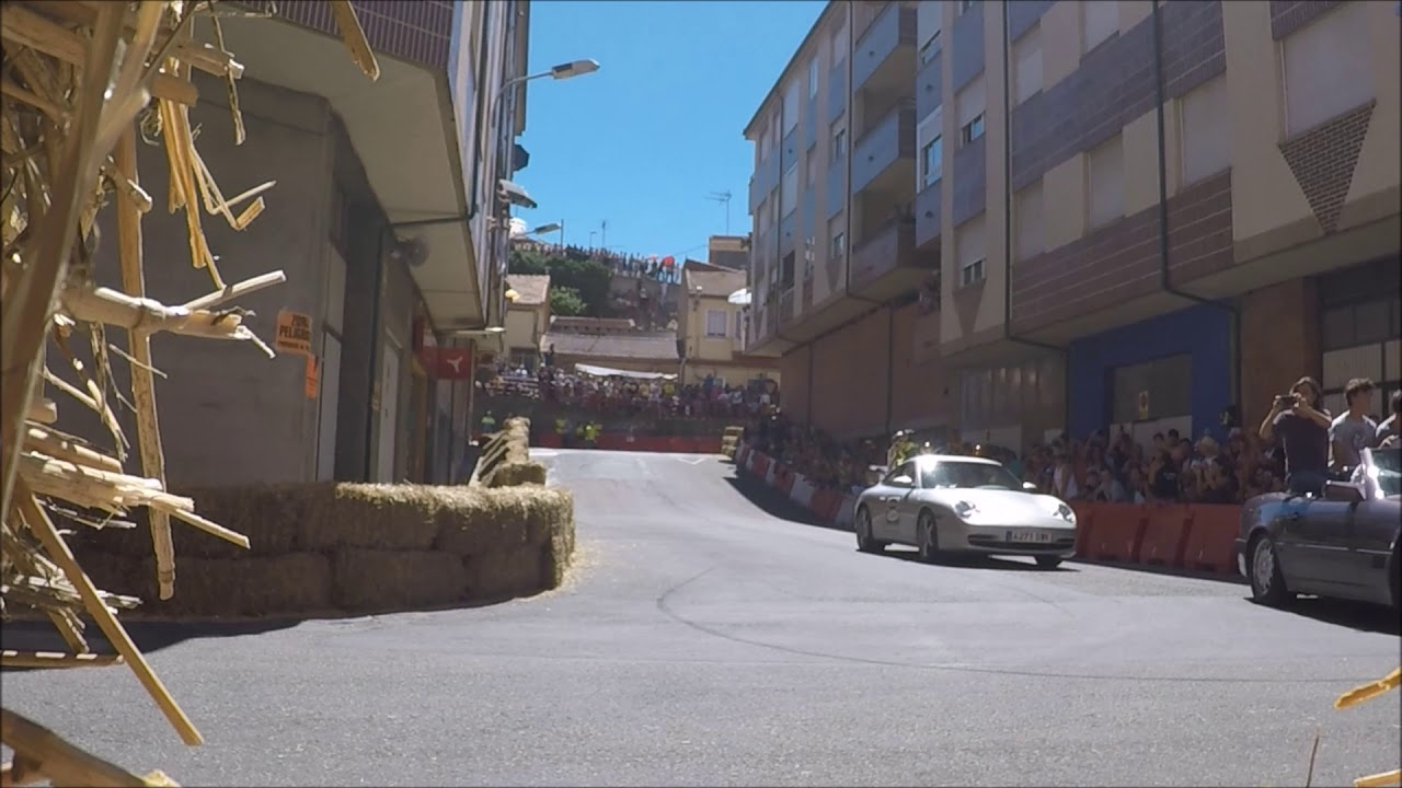 Circuito Urbano La Bañeza : A concurso la gestión de barras para servir bebida en la bañeza