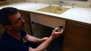 Монтаж измельчителя для бытовых отходов для кухни. Полный обзор установки.