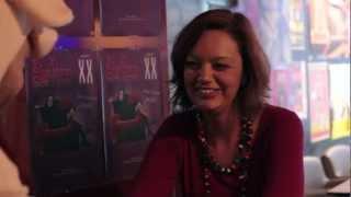 Elise Pazza teaser XX Toutes les femmes sont folles