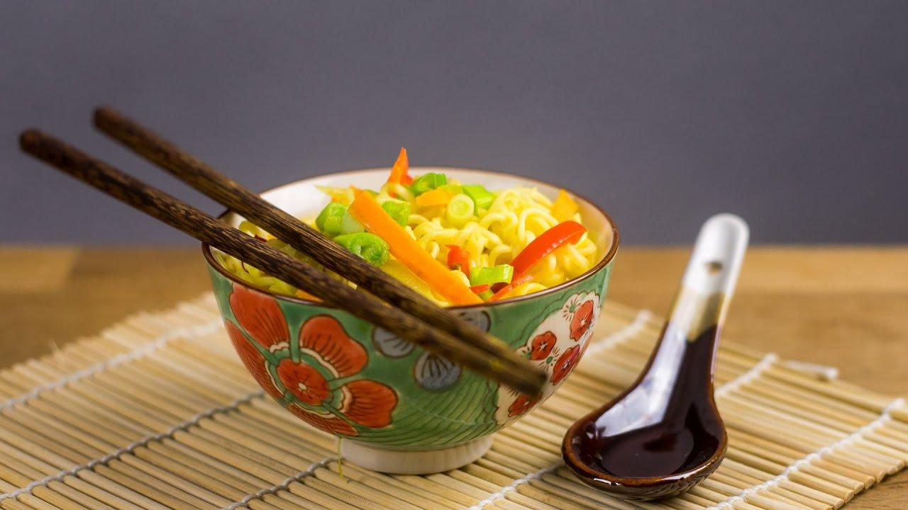 kokosnuss curry suppe rezept doovi. Black Bedroom Furniture Sets. Home Design Ideas