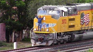 UP SD70ACe-T4 #3072 || Amazing Crew and Horn Show!!!