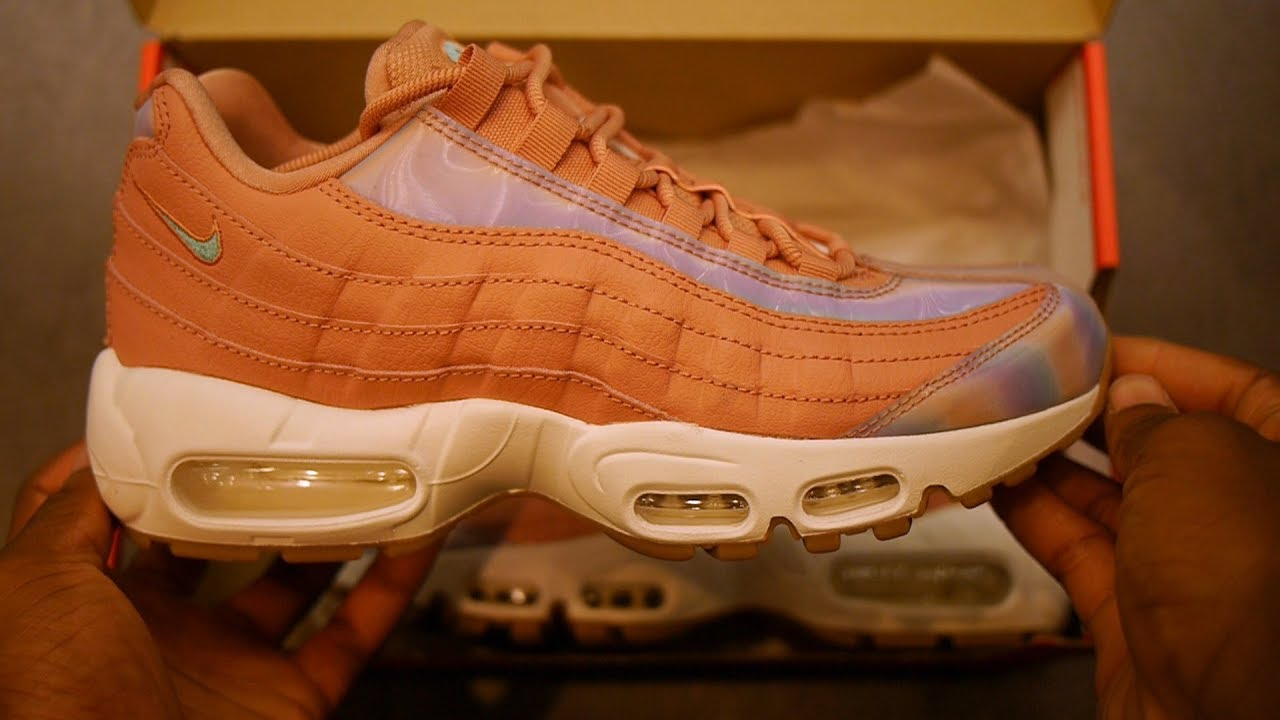 5a023f533d7422 Air Max 95 SE Quick Look (Red Stardust   Teal Iridescent)  Part 1 ...