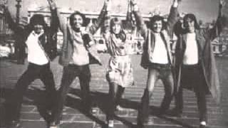 No ar: MpopdoB! uma carimbada na memória da música pop feita no Bra...