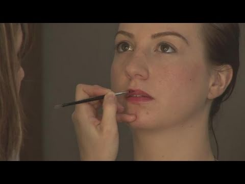 How To Apply Lip Makeup With A Lip Brush