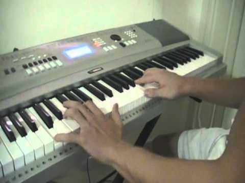 Improviso yamaha dgx 305 doovi for Yamaha portable grand dgx 220 electronic keyboard