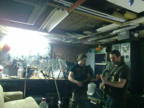 Patrick Ronald en Coen spelen in Nieuwolda Sweet home