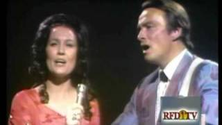 Loretta Lynn - The Old Rugged Cross