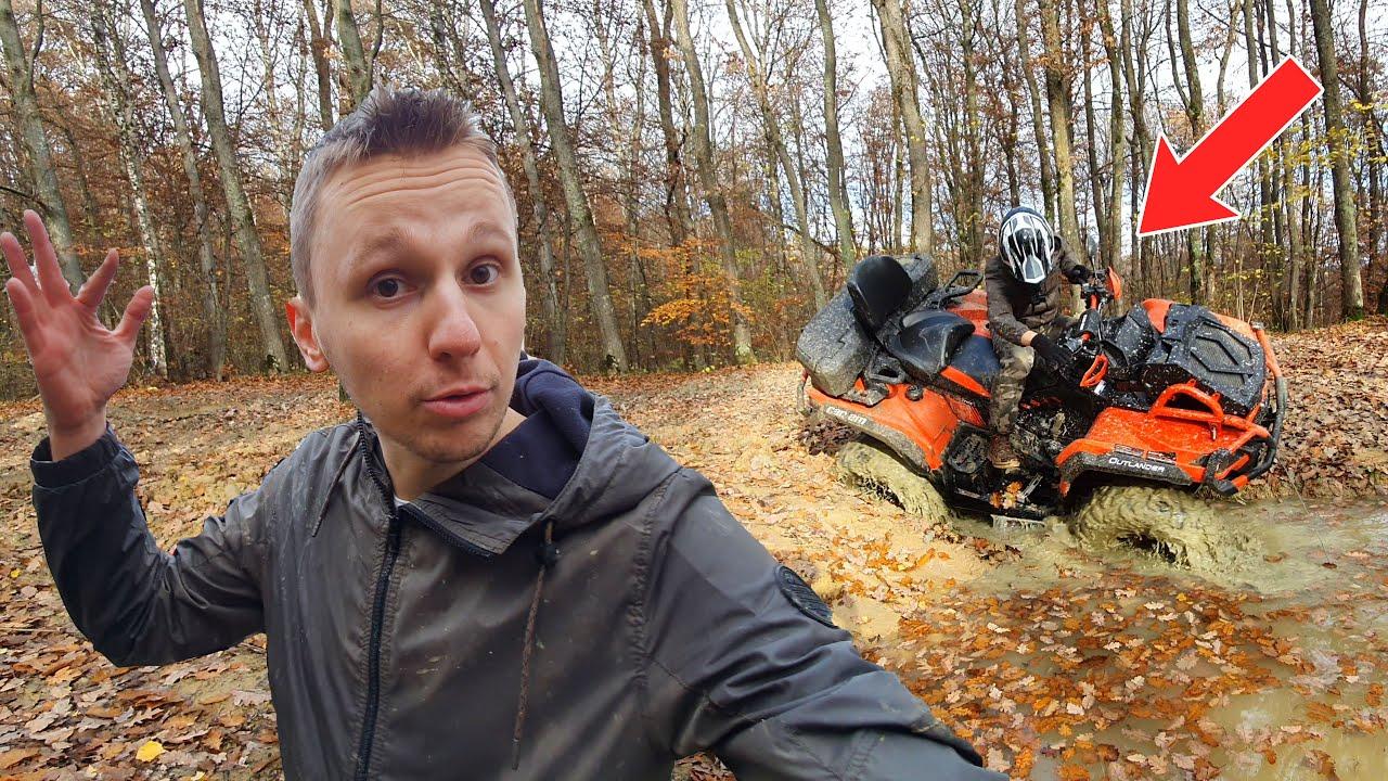 M-am blocat cu ATV-ul în noroi...