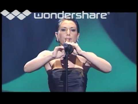 Armine Simonian Performs At The 4th Armenian Music Awards 2001