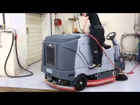 nilfisk sweeper sm 800 demonstration doovi. Black Bedroom Furniture Sets. Home Design Ideas