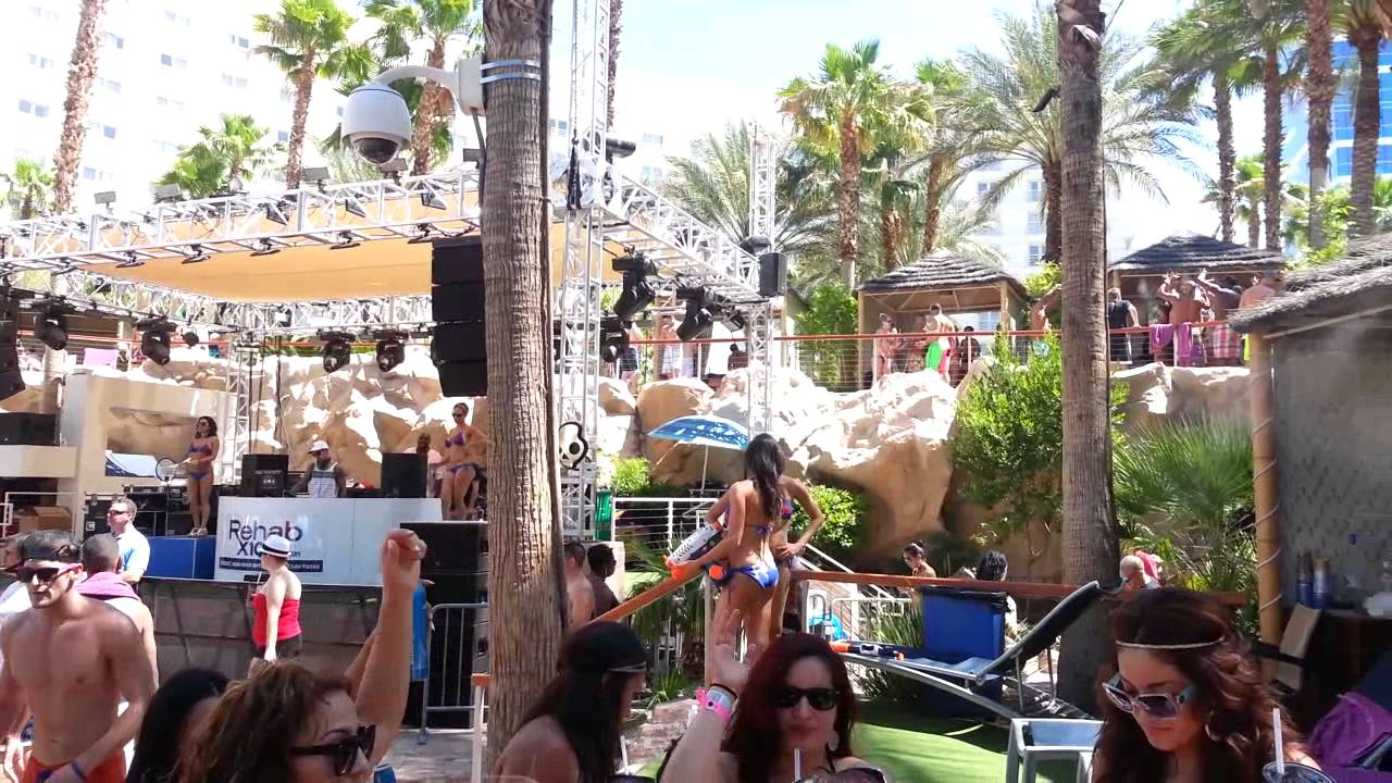Short shorts rehab party at hard rock girls