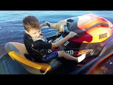 7 year old RIPS IT UP ona Jet Ski 1st time out!