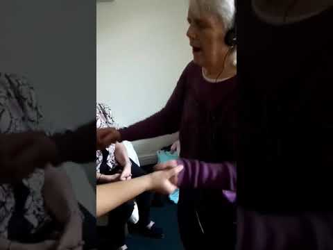 Music therapy and dementia(4)