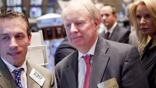 Leadership: battling a legendary takeover bid | London Business School