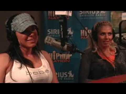 Orlando Quinones Interviews Torrie Wilson & Dawn Marie 2