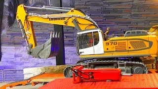 Beautiful Scale R.C Liebherr Digger 970! R.C Construction Site! Amazing RC Action!