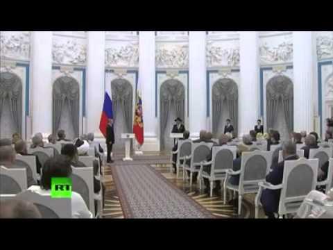 Rabbi Berel Lazar awarded Order of Merit - Kremlin