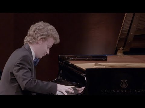 Nikolay Khozyainov plays Rachmaninov : Études-Tableaux in C Minor, Op.39, No.1