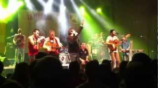 La Pegatina ft. Martí Torras - Flors i Violes 16/03/2013 Montmeló