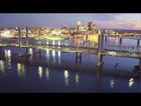 Downtown Crossing Aerial Video -- Louisville-Southern Indiana Bridges Project