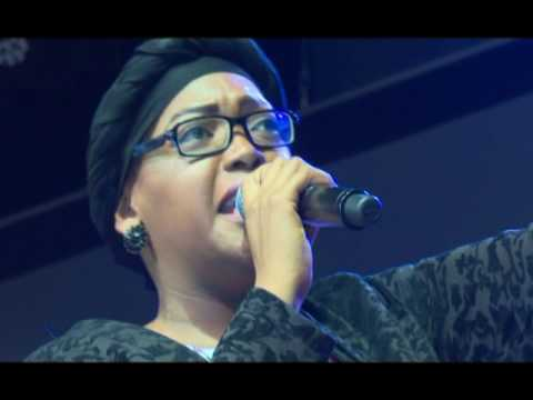 Ntokozo Mbambo - Anointed South African worship songs LIVE at Omega Fire Ministry Johannesburg