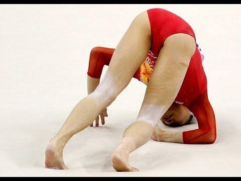 Массовое обнажение занятие гимнастикой видео этом
