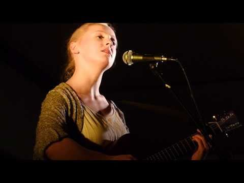 Laura Marling : The Water (Johnny Flynn cover) : Foxtrot 12 September 2010