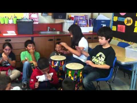 Calabasas Elementary music teacher Jessica DeRooy leads a class