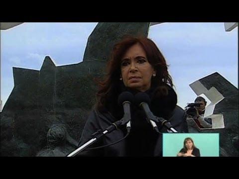 British rule over Falklands 'absurd': Argentine president