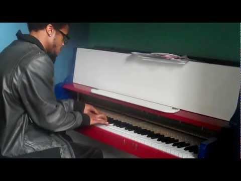 Mitchell Piano - I Get Around/Stay Schemin (Piano Cover)