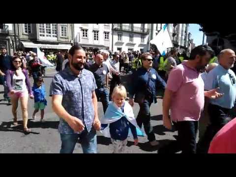 Manifestación en Santiago por el Día da Patria Galega