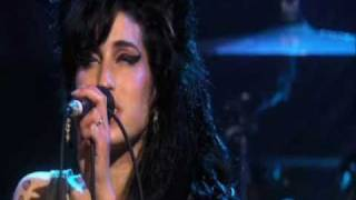GREAT PERFORMANCE! Amy Winehouse-Some unholy war