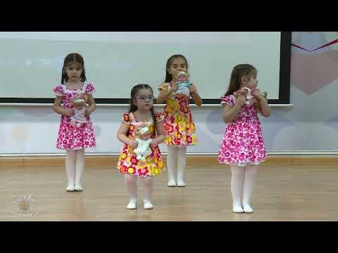 Средняя группа, танец 1