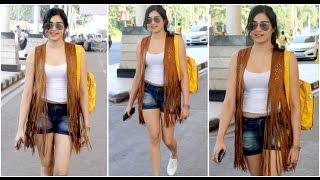 Adah sharma hot glamourous photos at airport- movieblends