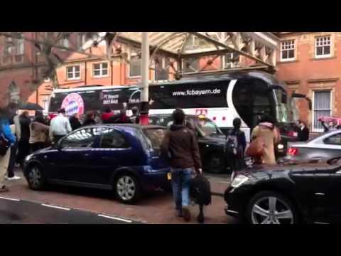 BAYERN MUNICH ARRIVING AT THE LANDMARK LONDON HOTEL