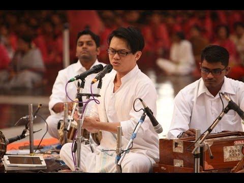 Malaysian Chinese, Chong Chiu Sen sings Carnatic Music in Prashanthi Nilayam - Dream realized 2013