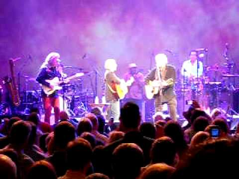 Paul Simon - Bye Bye Love with Don Everly @ Ryman 5-19-2011