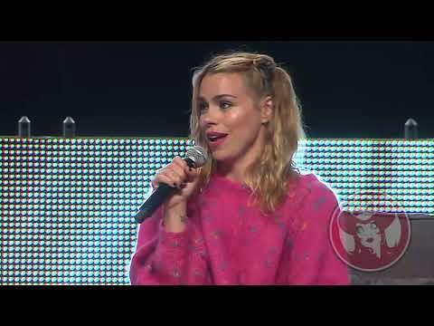 Billie Piper on her favorite Doctor: Calgary Comic & Entertainment Expo 2016